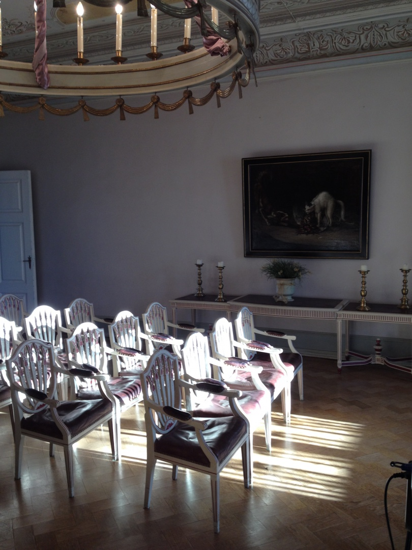 ill 27. The hall of Sagadi manor in 2014, photographed just before the Heritage Board's convention of interiors by V. Vissel.