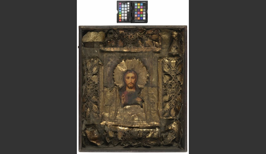 fig 1. Oblong wooden icon-box with the icon Christ the Almighty from Luikjärve farm in Setomaa  (before conservation).