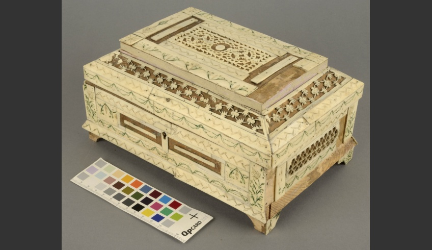 fig 1. Casket, 19th-20th century. Wood, ivory, gold foil. Narva Museum, NLM_1:51 Aj 1:51 (Conservator Aire Aksiim, 2018)