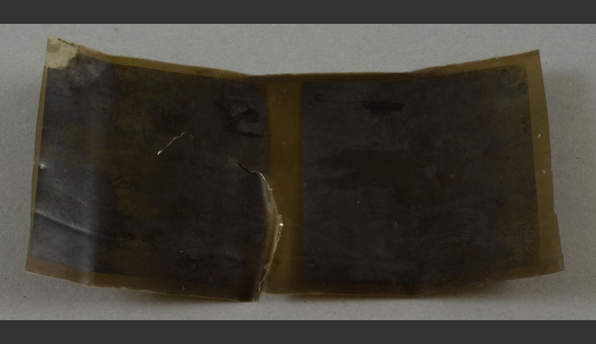 fig 4. Negative on nitro-cellulose (HKMFn_941_5115) in danger of perishing from the Hiiumaa Local Museum's collection.