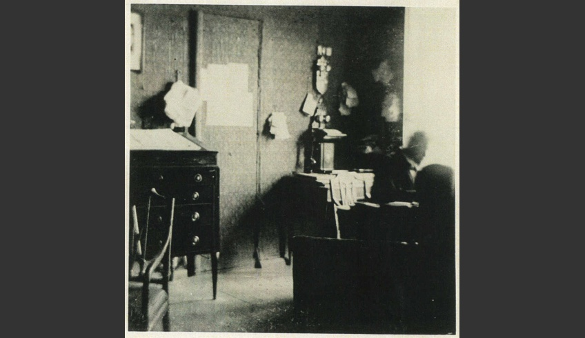 ill 12. Moritz von Krüdener in his den. Photo – private collection.
